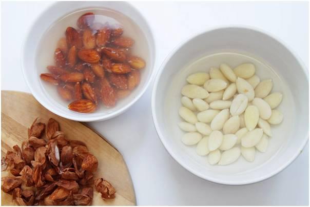 Замачивание кешью перед употреблением: надо ли это делать и зачем, как провести процедуру, сколько орехи должны находиться в воде, почему могут потемнеть?