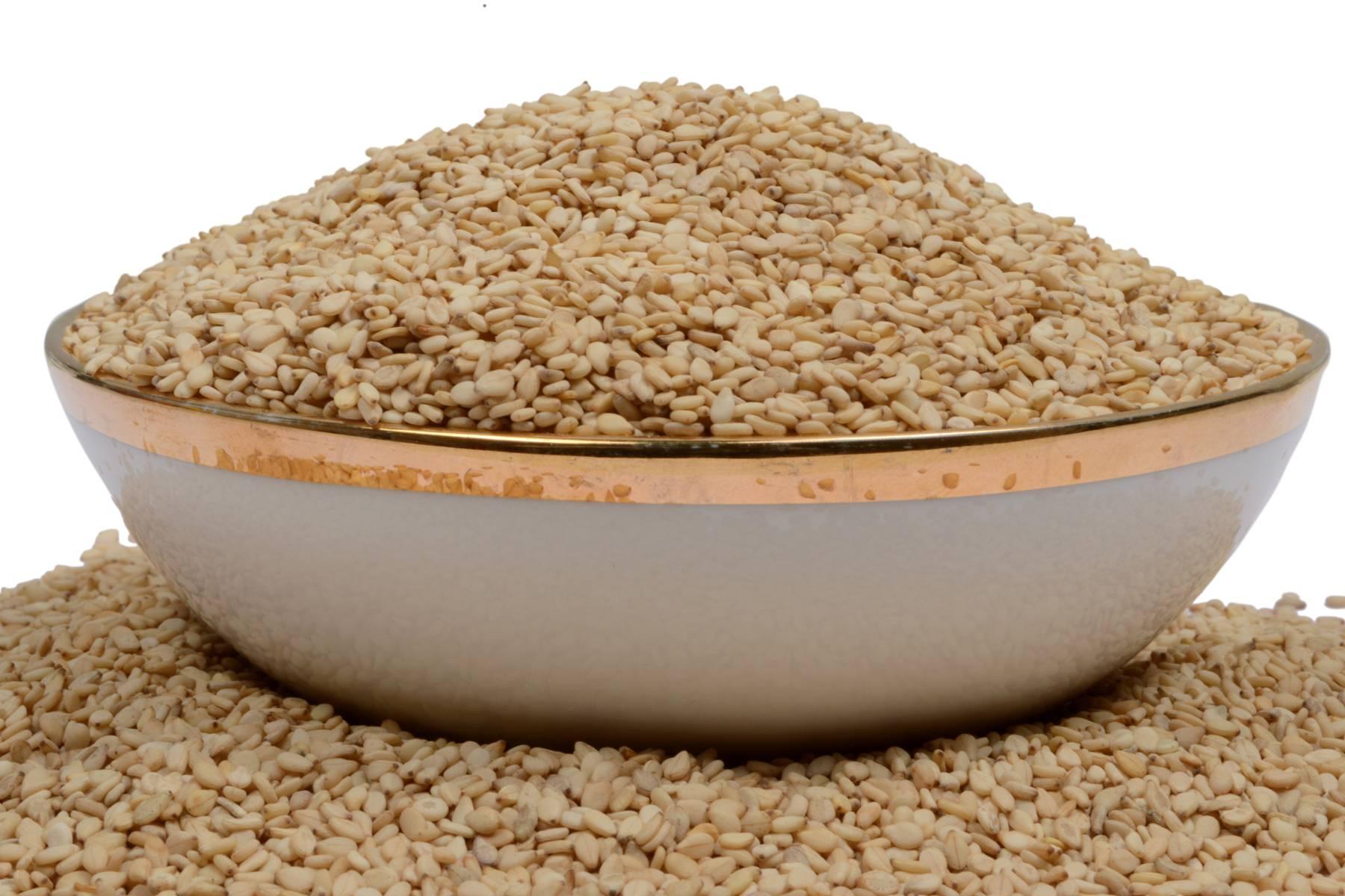 Как принимать кунжутное семя : польза и противопоказания
