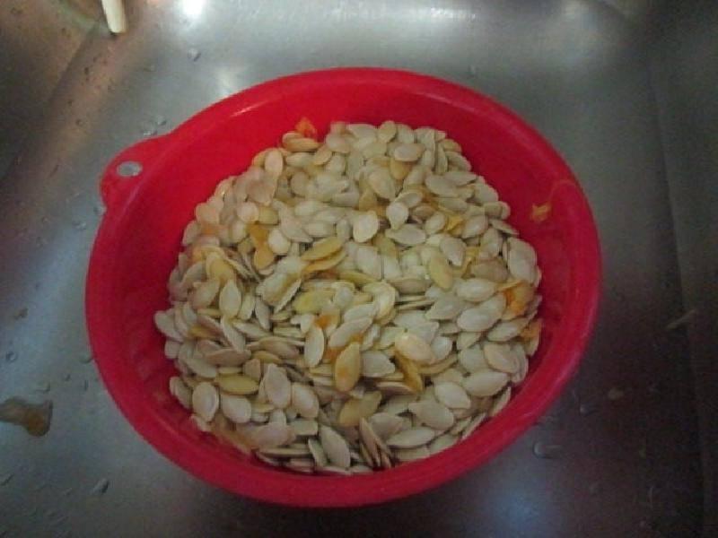 Как сушить семечки тыквы в домашних условиях: все способы заготовки сушеных тыквенных семечек