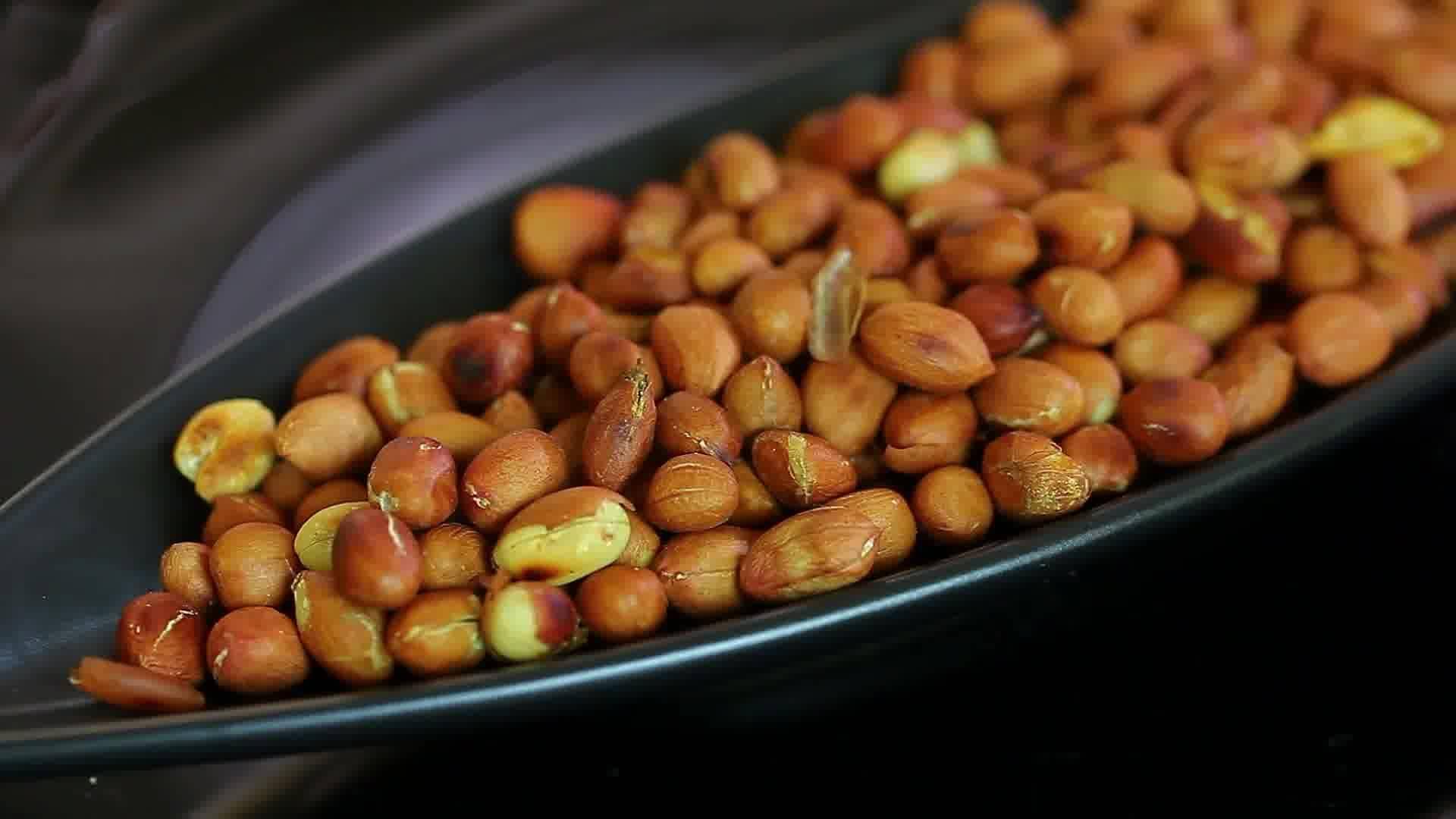 Как очистить арахис от шелухи и скорлупы, как хранить его в домашних условиях и фото