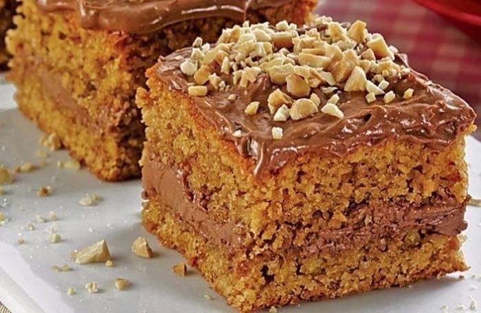Торт сникерс: топ-4 рецепта в домашних условиях