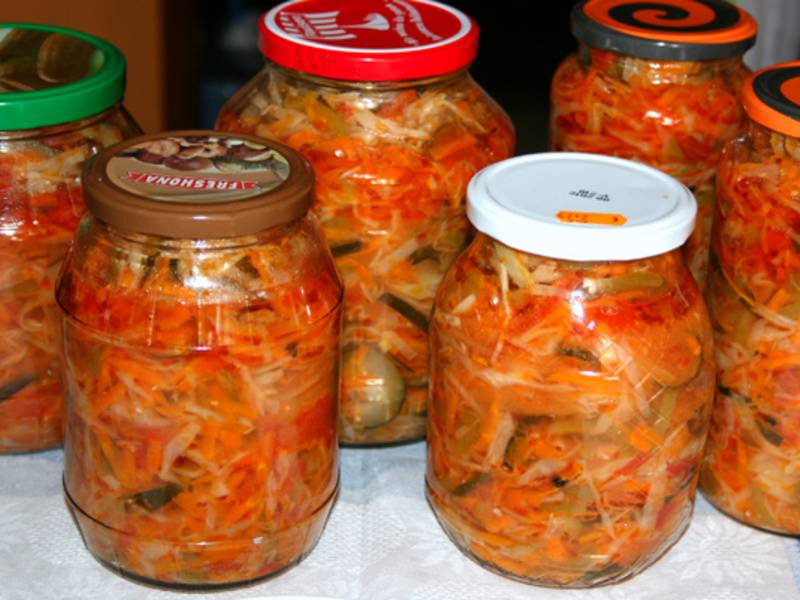 Грибная солянка с капустой на зиму в банках — полезные рецепты