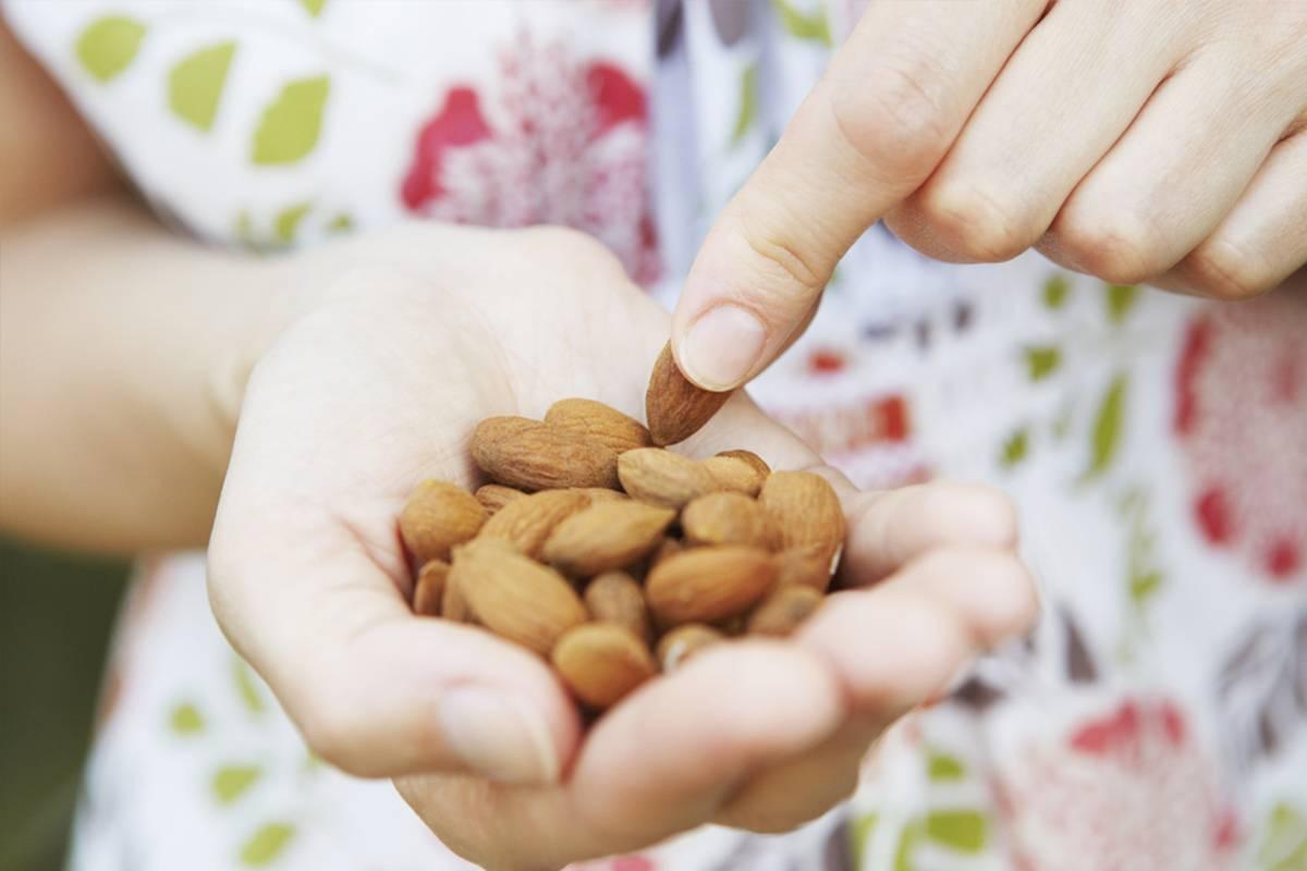 ✅ сколько можно есть миндаля в день, полезные свойства и вред орехов для организма - tehnoyug.com
