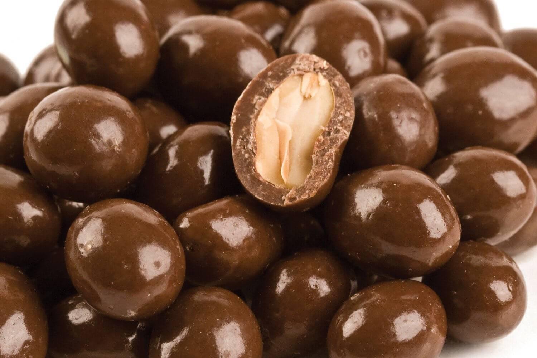 Как приготовить арахис в васаби в домашних условиях, острую приправу иногда называют зеленой глазурью, она делает земляной орех идеальной закуской к пиву