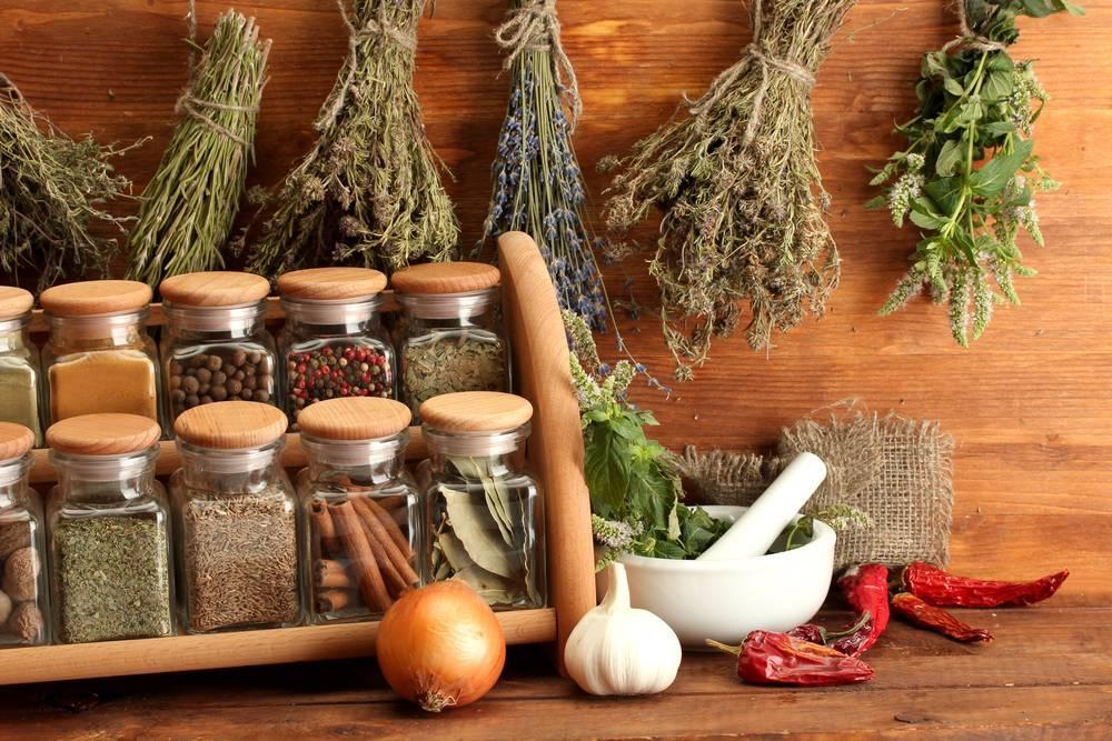 Как правильно сочетать травы и специи с овощами