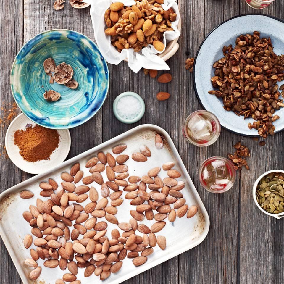 Польза миндаля, миндального масла и молока, как выбрать и хранить орехи