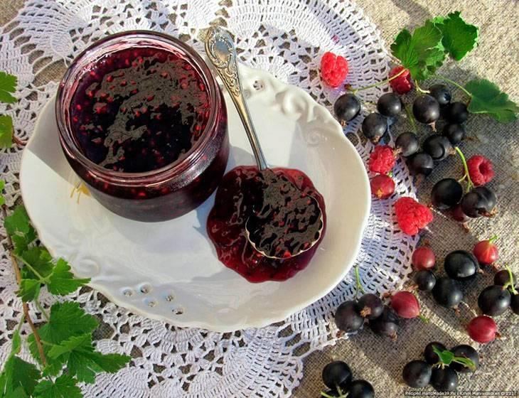 Джем из черной смородины -пошаговый рецепт с фото