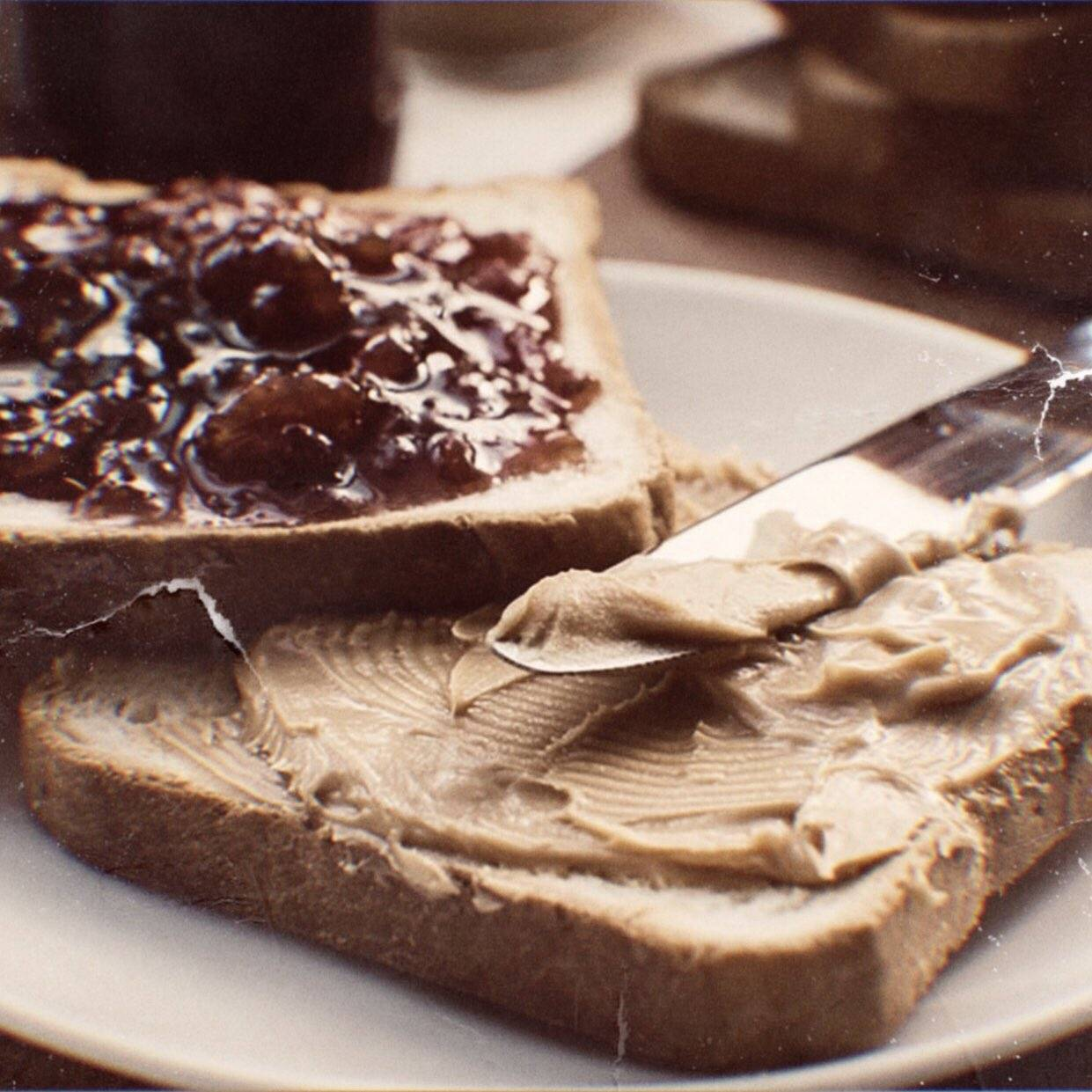 С чем и как едят арахисовую пасту