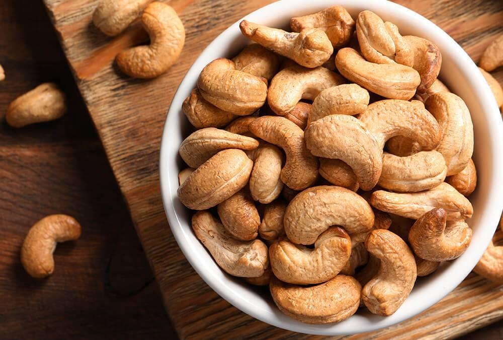 Орехи кешью — польза и вред для женщин и мужчин