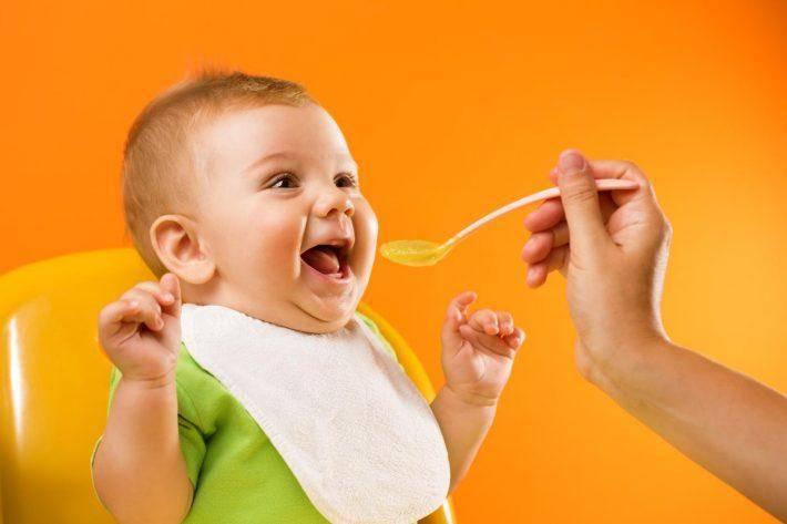С какого возраста можно давать ребенку семечки: подсолнечные и тыквенные