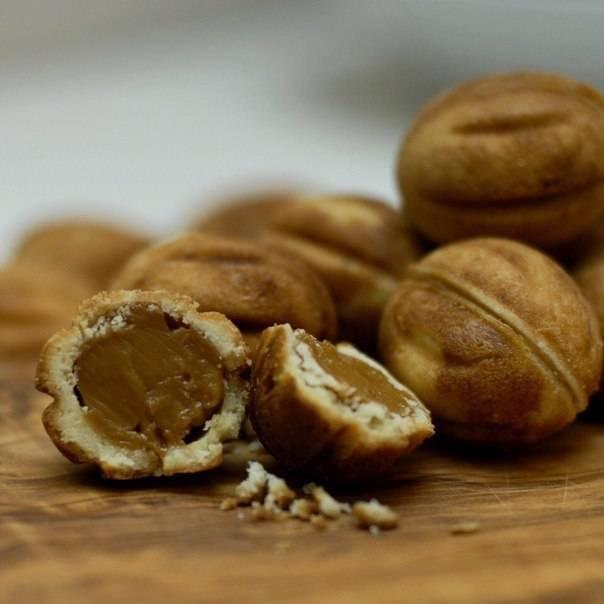 Орехи со сгущенкой: классический рецепт теста и начинки
