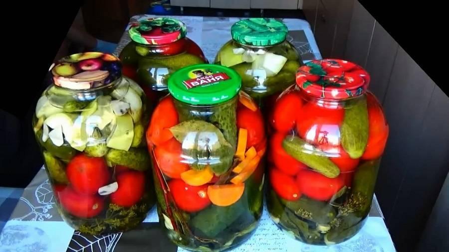 Ассорти из огурцов и помидоров на зиму - 10 вкусных рецептов