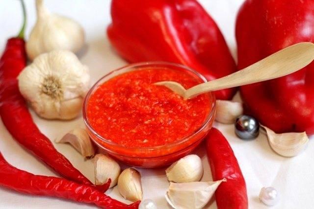 Семейный «огонек»: рецепты острого соуса из помидоров — никого не оставит равнодушным