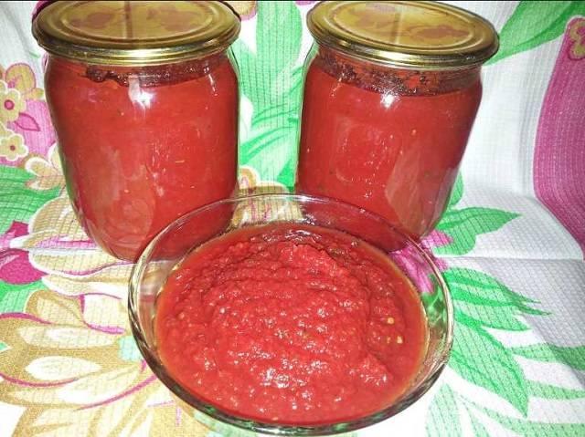 Топ-7 рецепты кетчупа из помидоров на зиму: с яблоками, алычой и пряными травами