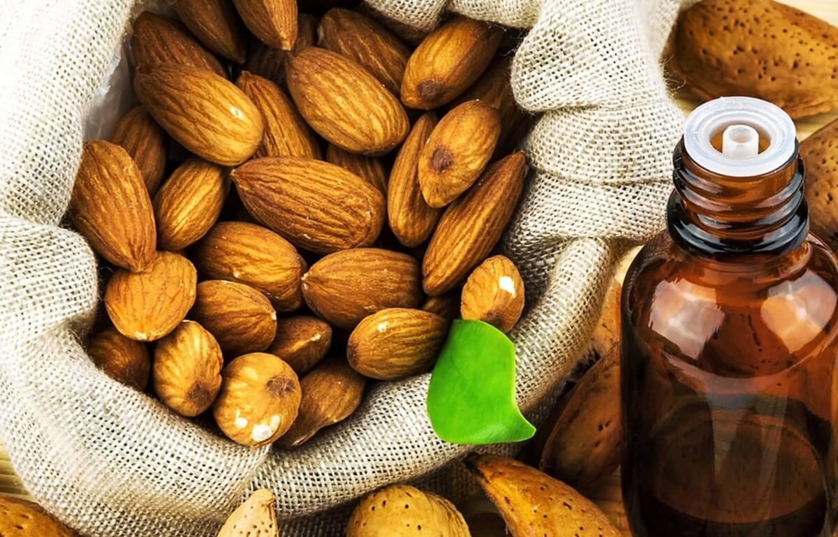 Свойства и применение миндального масла для кожи лица