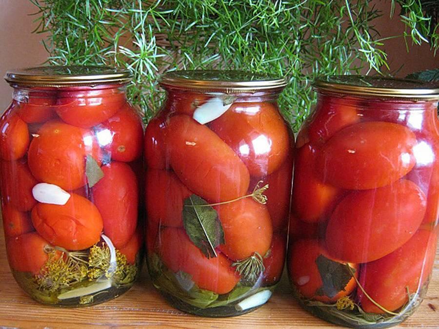 Зелёные помидоры с хреном на зиму