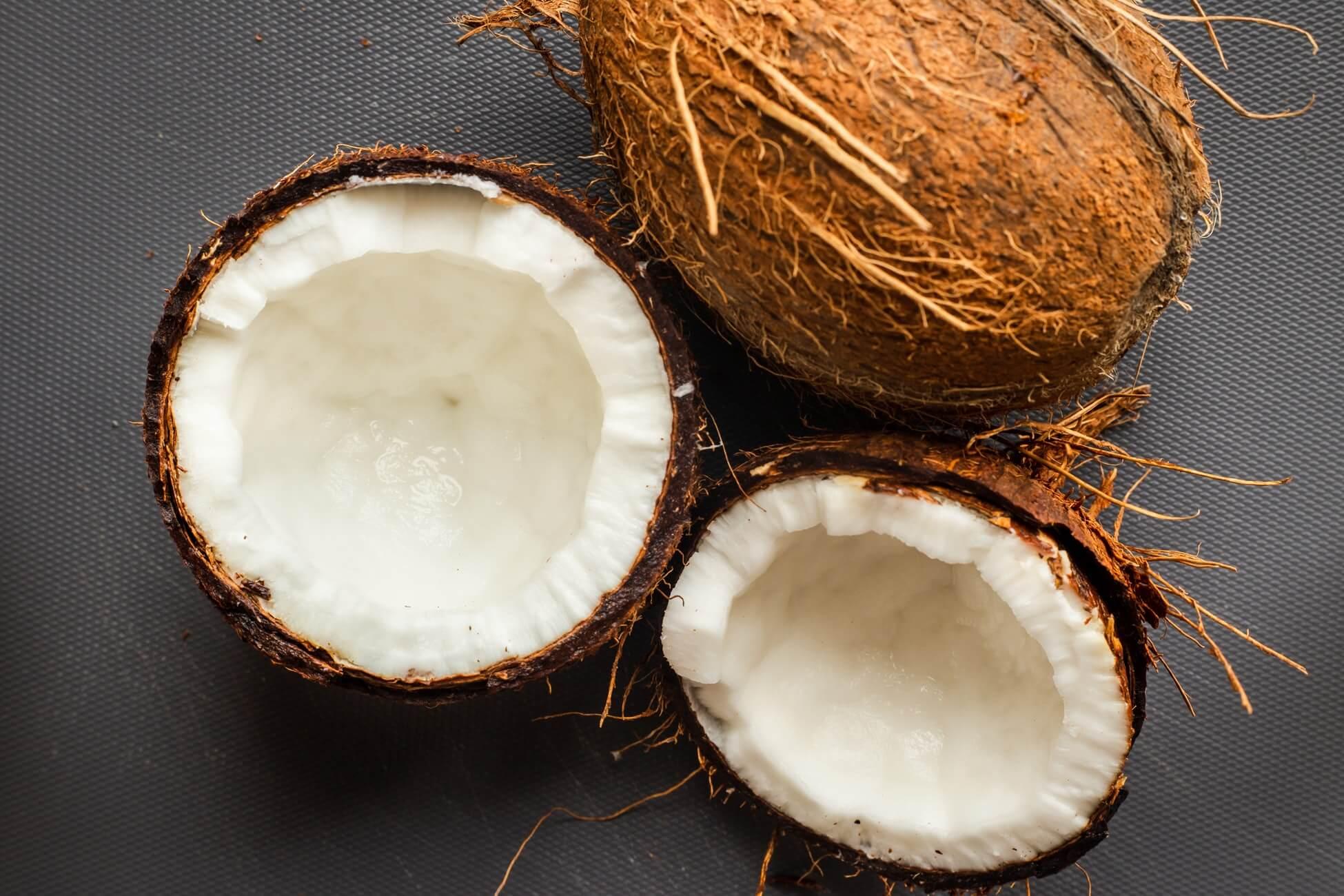 Кокосовый орех или кокос: полезен или вреден? калорийность, польза и вред кокоса, и его влияние на здоровье детей и взрослых