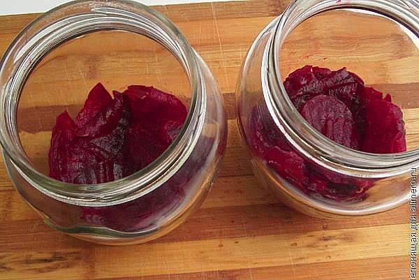 Салат с маринованной свеклой рецепты: изысканная кислинка