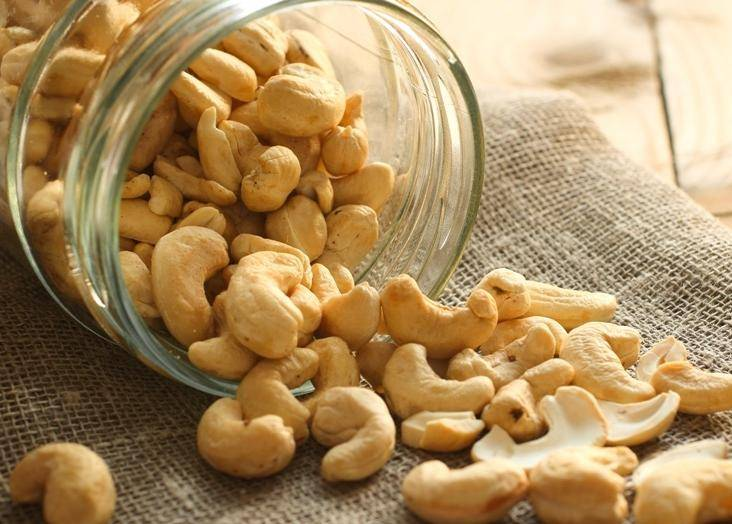Орехи кешью и их полезные свойства для организма
