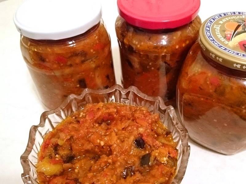 Заготовка икры из баклажанов с перцем и томатами по рецептам «пальчики оближешь»