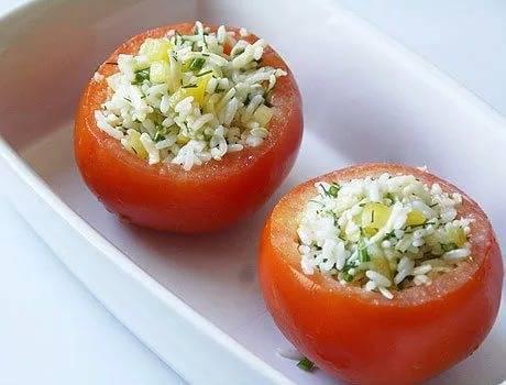Помидоры, фаршированные овощами с рисом. консервирование для лентяек