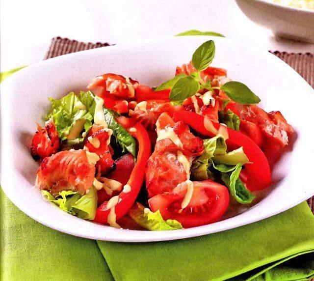 10 ярких салатов с болгарским перцем, которые вам точно понравятся