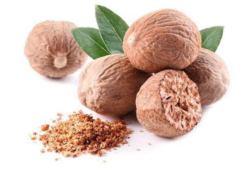 Мускатный орех – полезные свойства и противопоказания