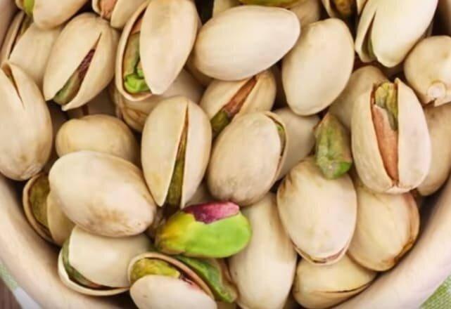 Как употреблять фисташки? сколько орехов нужно съедать в день, в каком виде они полезнее всего?