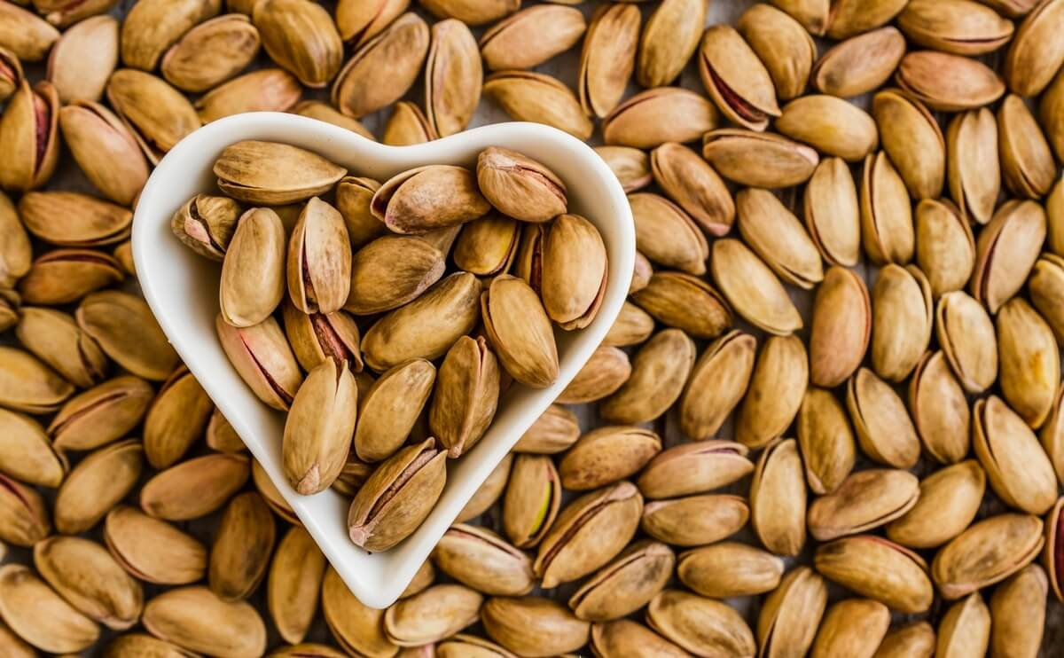 Как растут фисташки, полезные свойства и противопоказания орехов