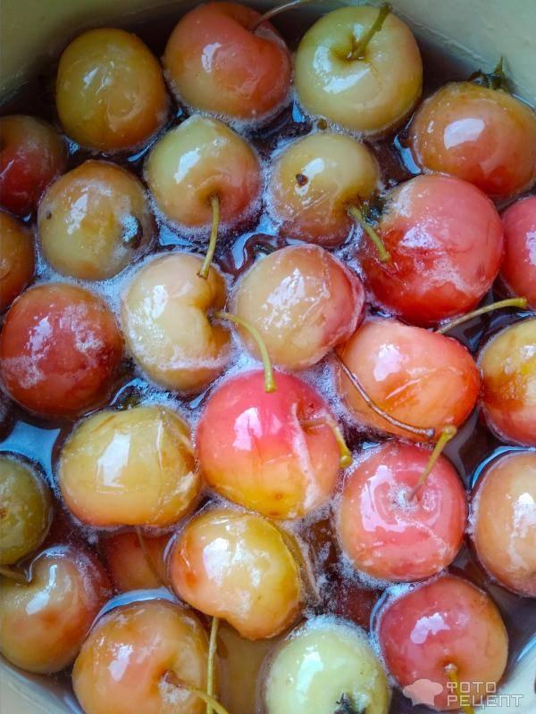 Приготовление варенья из райских яблок целиком