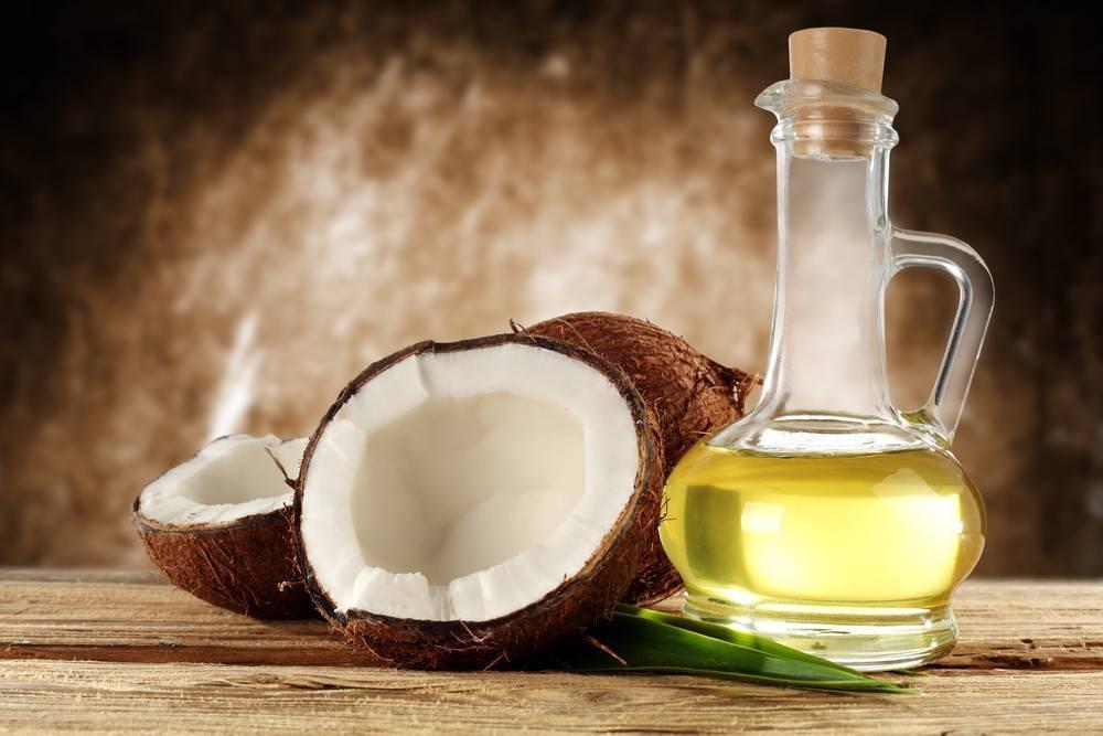 Кокосовое масло: свойства, польза и применение