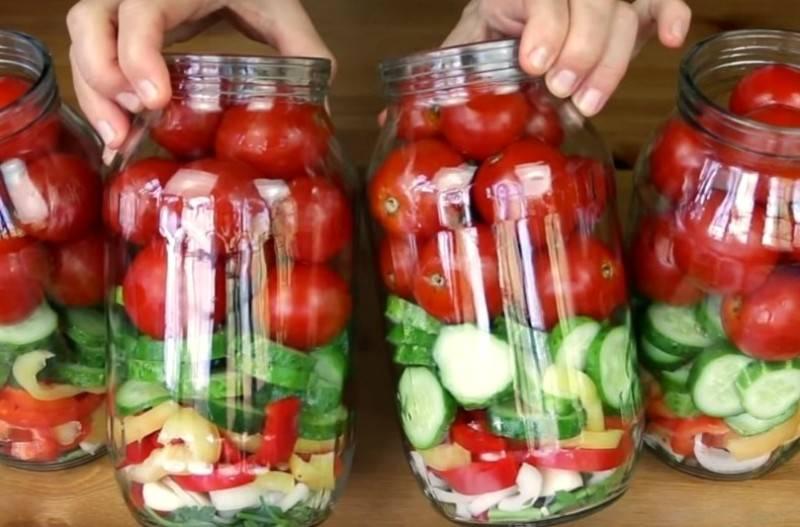 Ассорти из помидоров и огурцов на зиму— самые вкусные рецепты на 1, 2 и 3 литра
